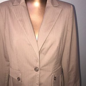 Apostrophe Jacket with Pockets
